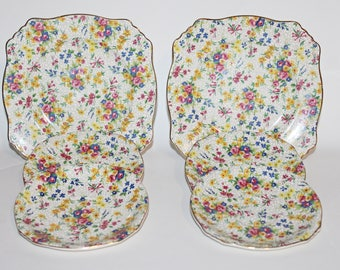 Royal Winton Chintz Plates and Saucers 6 Pieces Fireglow Pattern 2510- 2 Plates & 4 Saucers c1938