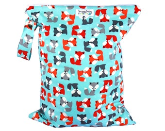 LARGE Wet Bag for Cloth Diapers, Mama Cloth, Wet Swimsuits and More - Foxy - FAST SHIPPING - Diaper Bag Essential