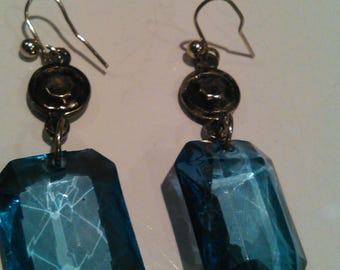 Vintage blue octogon faceted earrings