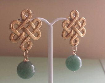 Gold Chinese Knot Green Jade Bead Earrings, Jade Earrings, Asian Style Earrings, Chinese Knot Earrings, Asian Inspired Earrings