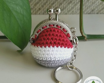 Wallet and keychain miniature crocheted wool low inspiration