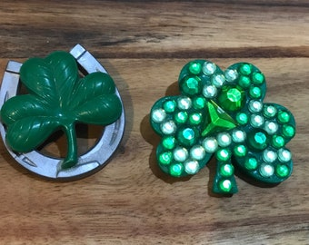 Lot of 2 Vintage st patricks day brooches, pins. Hallmark, clover, shamrock