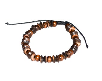 Brown bracelet with wooden beads