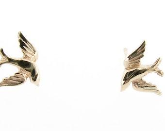 9ct Yellow Gold Swallow Stud Earrings