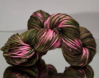 Hand dyed worsted - Lady Camo - 100% Superwash Merino wool yarn - 4 ply