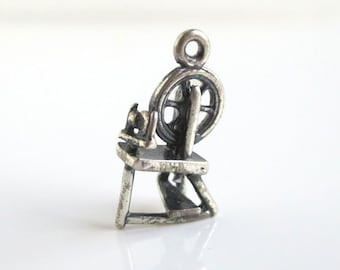 3D Spinning Wheel Sterling Silver Charm / Pendant - Vintage Detailed, 925