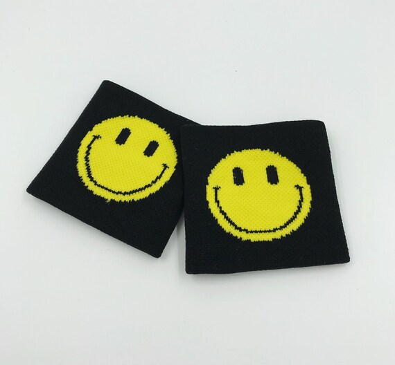 Smiley Face Wrist Sweatbands 2 Pack - Sporty Black Yellow Grunge Trendy Skater Grunge Wristbands - Black Happy Face Hippie Aethletic Armband