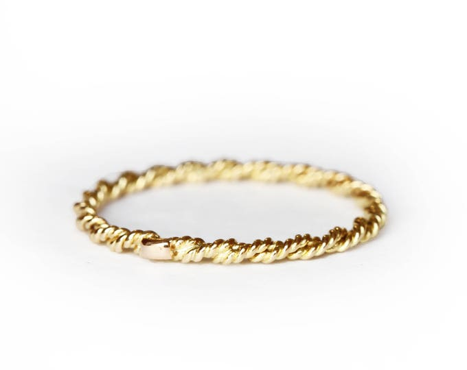 Stackable band - 18 ct gold band - twisted ring - thin gold ring - women ring - gold ring - rose gold - yellow gold - grey gold