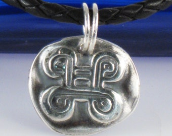 African Adinkra MPATAPO Fine Silver Pendant - Knot of reconciliation - Peacemaking - Strength - Tribal Adinkra Peace Design Pendant Gift