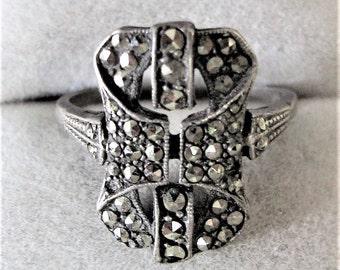 Splendid Art Deco Solid Silver Marcasite Ring