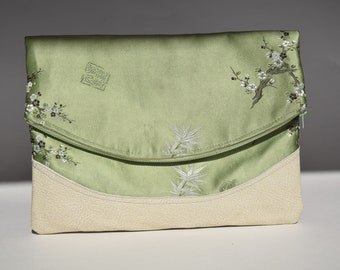Foldover Clutch in Vintage Hong Kong Fabric