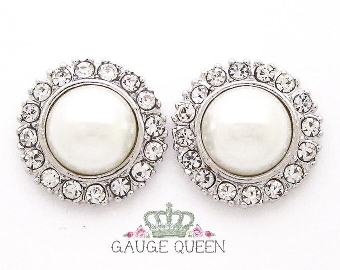 "Silver Pearl Plugs /Gauges. 2g / 6.5mm, 0g / 8mm, 00g / 10mm, 1/2"" / 12mm"
