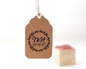 Custom monogram stamp, Selfinking wedding stamp, Personalized wedding stamp, Custom initials stamp 1 x 1 inch - round floral wreath - W10