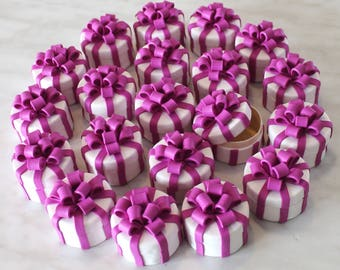 Wedding favor boxes, wooden boxes and handmade fimo