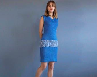 blue periwinkle knit dress / blue mod dress / sleveless blue knit dress / fitted dress / thick textured knit dress