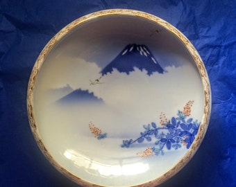 Antique Fukagawa Japanese Porcelain Bowl Arita Imari Mt. Fuji Blue and White Porcelain Bowl Vintage Japanese Bowl with Gold Trim