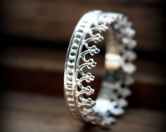 Crown ring 03 - sterling silver ring