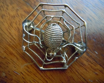 Vintage Silver Spider And Spider Web Brooch Gold Pin
