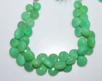 "1 Strand Chrysoprase Color Chalcedony Smooth Heart Shape Beads - Chalcedony Heart Shape Briolette, 9x9 - 12x12 mm, 8"", BL1962"