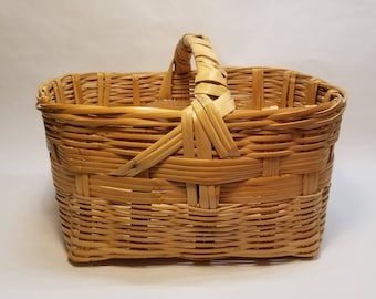 VTG Bamboo & Wicker Magazine Basket with Low-Profile Handle