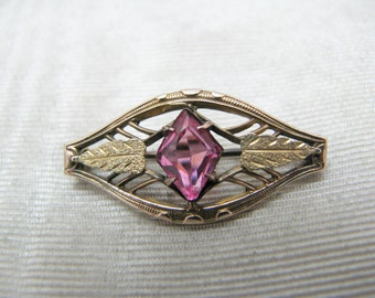 a595 Very Nice Vintage Gold Filled Brooch with a Pink Center Stone