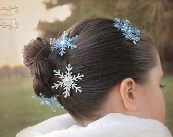 Snowflake hair clips : snowflake hair bow, hair accessories , winter wedding hair accessories, holiday wedding clips,winter hair clip