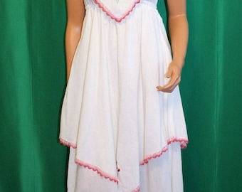 Vintage 70's White Cotton Embroidered Hippie Boho Maxi Prom Dress - Size XS