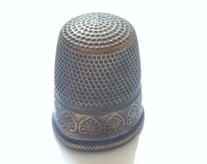 Vintage Old brass thimble size 21 mm