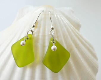 Green earrings with white pearls green sea glass earrings green seaglass jewelry seaglass earrings sea glass jewelry handmade earrings beach