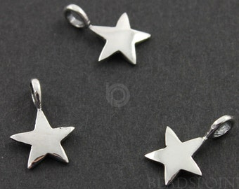 Sterling Silver Tiny Lucky Star Charm / Pendant with Jump Ring, Nightlife Jewelry Component, (SS/CH5/CR23)