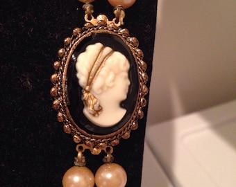 1930 Cameo Combination Necklace & Brooch Duo