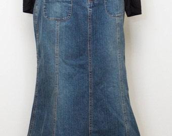 Long vintage Hip Hugger Denim Skirt with Snaps and Pockets on front.