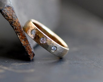 14k yellow gold ring band with 3 flush set fine brilliant cut diamond, wedding band, engagement ring for men and women