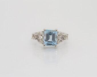 Vintage Sterling Silver Aquamarine & White Topaz Ring Size 7