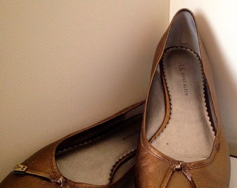 Now On Sale Vintage 80s/ Gold ANNE KLEIN Leather Shoes/ Flats Women Size 8.5M- Genuine Leather Moccasin