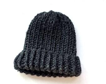 Gray slouchy knit beanie