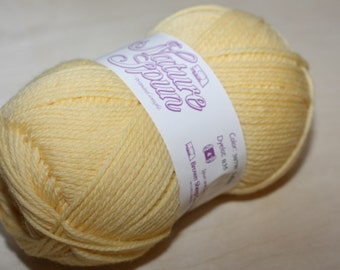 Nature Spun Worsted Weight, color 307W, lot 022    Lullaby