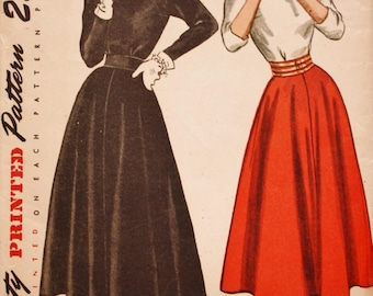 Back Button Top / Flared Skirt Sewing Pattern/ Simplicity 2258/ 1940s /Bust 34 / Uncut