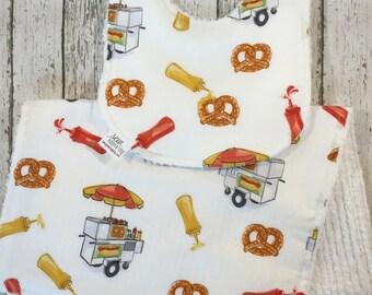 Pretzel Baby Bib Set - Street Food Burp Cloth Set - Ketchup Theme Newborn Baby Shower Gift - Junk Food Baby - Unique Baby Shower Gift