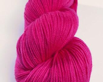 KAL: Verenpisaran kukka - MCN,  Superwash Merino/Cashmere/Nylon, sock weight, 100 gr