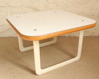Vintage Knoll Side Table Hannah & Morrison End Table , Modern, Laminate, Plywood, Aluminum, Living Room