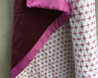 Organic Cotton and Natural Linen Quilt, Crib Quilt, Toddler Quilt, Baby Quilt, Raspberry Compass Star and Wine Linen