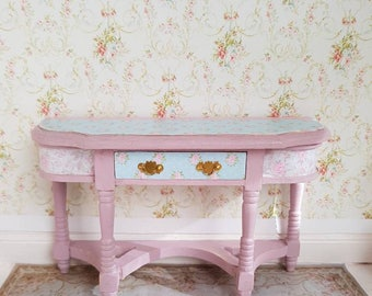Dollhouse Shabby Chic,Shabby Chic Miniatures,Pink Shabby chic Table,DecoupageTable,Shabby Chic Furniture,12th scale,