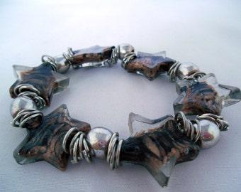 Étoile Charm Bracelet brun & Silver - verre de Murano - entretoise métal argenté perles - élastique - cadeau idée - bijoux fantaisie - Summer Bracelet