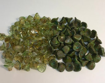 Three Petal Czech Glass Beads, Czech Glass Flower Beads, Green Beads, Jewerly making Supplies, 25PC in your choice of Color