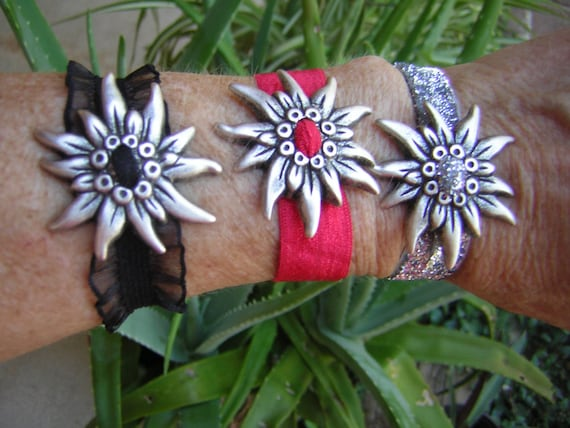 Edelweiss extravaganza!!! Elastic bands to fit most wrists!