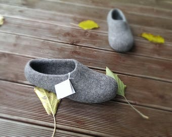 Natural wool shoes All size felted men slippers, house shoes. Gift for him For dad father dude. Unique item latex sole