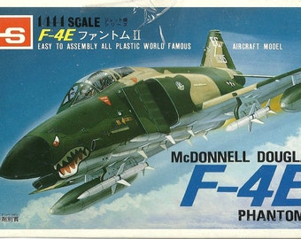 Model airplane USAF McDonnell Douglas F-4 Phantom II  1/144 scale kit Aircraft Air Force Military Aviation Fighter Plane Bomber Cold War