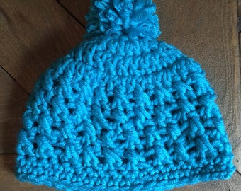 Childrens 6-12 months old beanie with pom pom. Baby winter hat. Kids light blue hat with pompom, toque