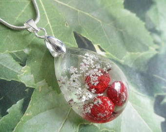 Red Winterberry & Queen Anne's Lace Encased In Glass Small Teardrop Pressed Flower Pendant-Symbolizes Peace, Winter Solstice-Nature Inspired